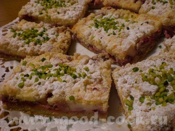Brombeer-Streusel-Stьckchen Ежевичные пирожные со штройзелем