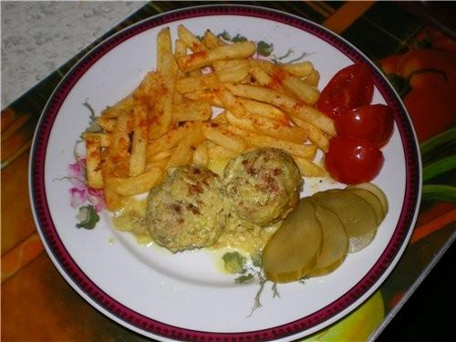 А это блюдо делал мой муж Тефтельки с картошечкой Только я не знаю, что это у нас обед, ужин или ра...
