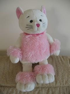 """Название на этикетке - """"Кот домашний"""" Муж называет его """"Святой кот"""" - у него есть нимб и крылья"""