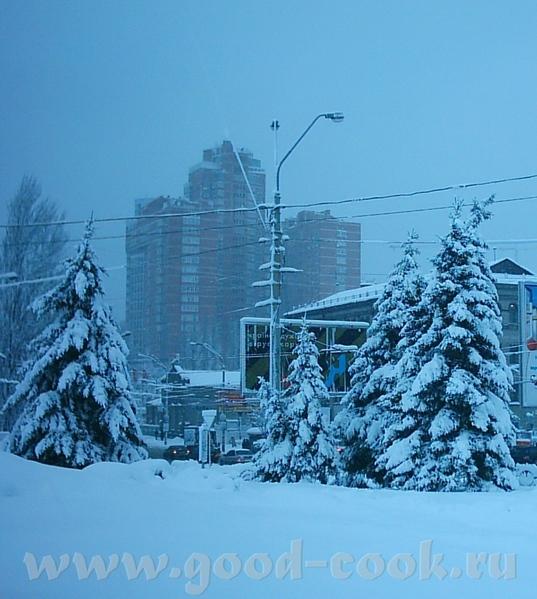 А это вид на заснеженный город Киев - 2