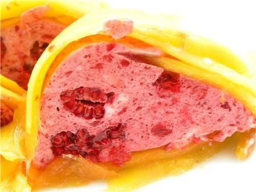 Творожный десерт в стиле тирамису Малиновый десерт с манго - 3