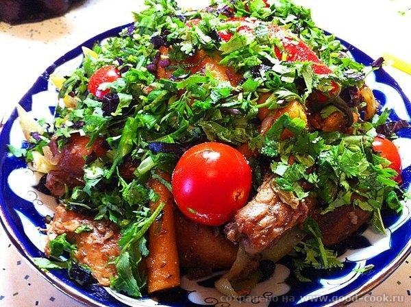 Рецепт прост: обжариваем картофель целиком, вынимаем откладываем посыпаем солью; обжариваем мясо, солим мясо и посыпаем... - 17