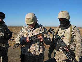 Украинские миротворцы пытались незаконно вывезти из Ирака 319 тысяч долларов Украинские миротворцы...