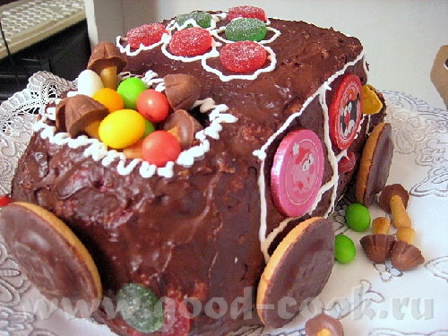 """Торт """"Машинка"""" Я делала по рецепту """"Панчо"""", но можно любой торт так оформить - 3"""