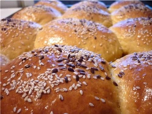 В доме всегда должен быть аромат свежего хлеба, поэтому открываю новую тему ароматной, вкусной и по...