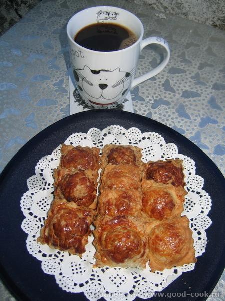 завтрак пирожки