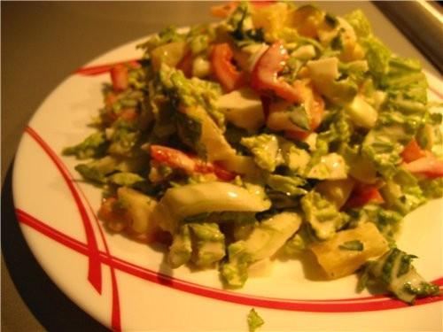 Салат из креветок и ананаса