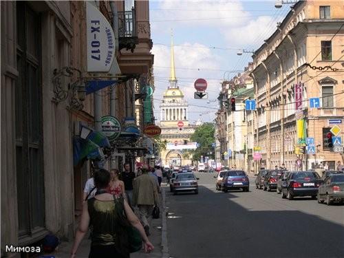 Вознесенский проспект - он проходит мимо памятника
