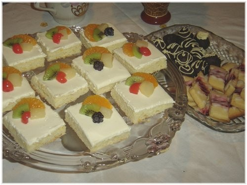 """Зато сладкого было много: Печенье """"трюфель""""спасибо Аин, Фруктовое пирожные,спасибо Аин,на прошлый Н - 3"""