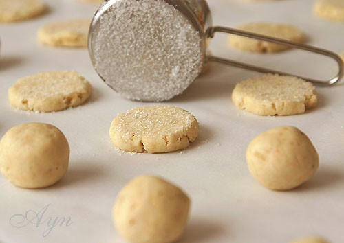 Это печенье по вкусу очень похоже на Датское масляное печенье, которое продаётся в жестяных банках... - 2