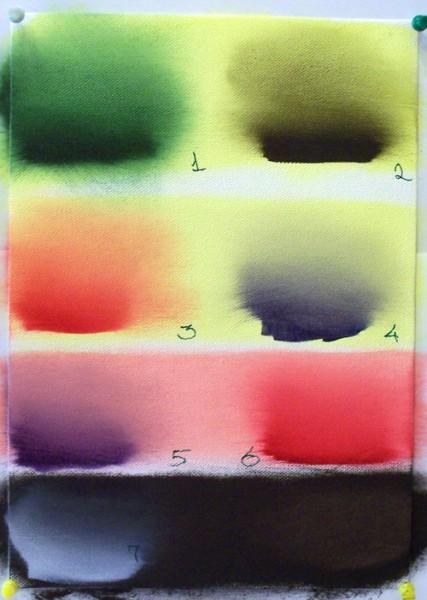 По вашему вопросу: Эффект свечения достигается наложением прозрачных красок более тёмного тона на с... - 4