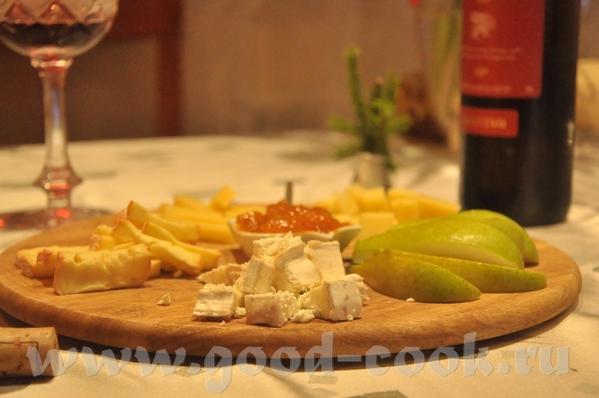 итак, меню Закуски: Утиное фуа-гра, к нему абрикосовый джем и маленькие тосты на сливочном масле (н... - 8