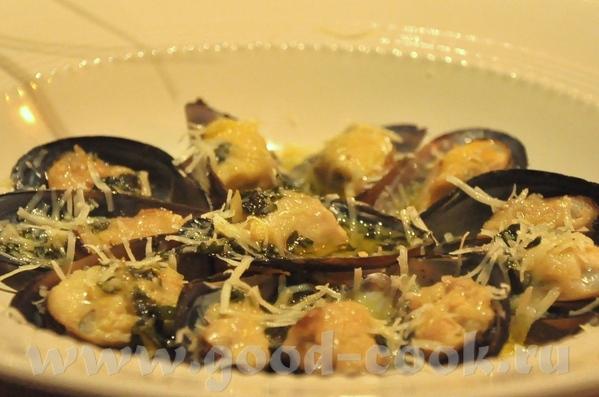 итак, меню Закуски: Утиное фуа-гра, к нему абрикосовый джем и маленькие тосты на сливочном масле (н... - 6