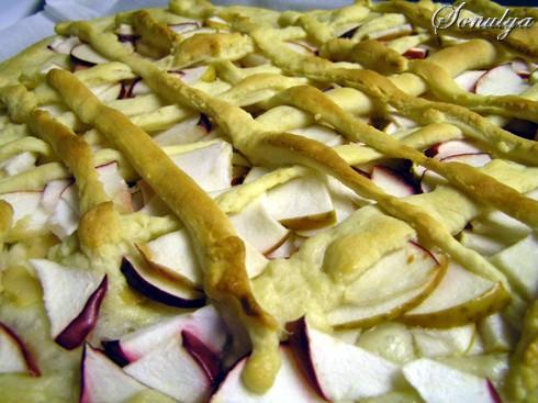 На сладкое: Ватрушки Пирог с яблоками и ревенем - 2