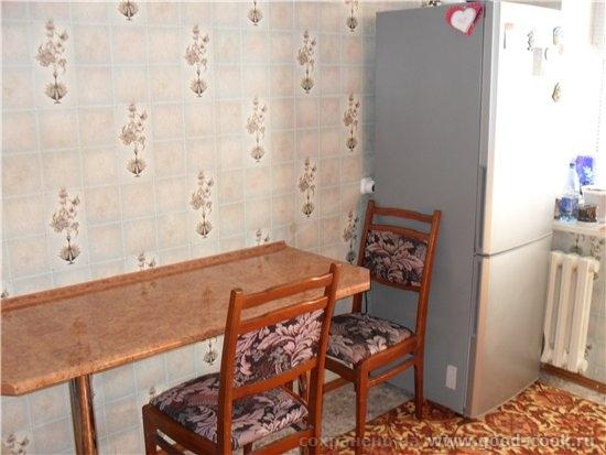 Ну и продолжу показывать кухню специально для Наташи печь и холодильник это вид когда заходишь на к... - 2