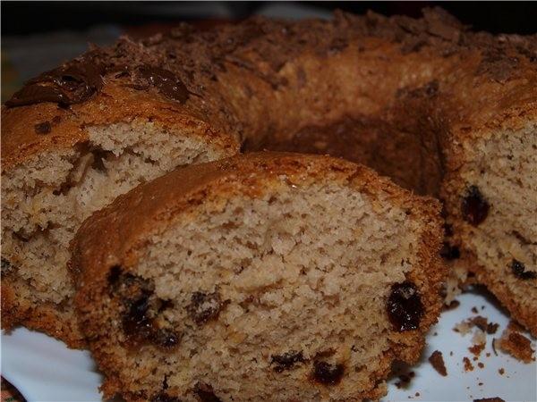 Шоколадный кекс с изюмом 2 яйца, пол стакана молока, пекарский порошок, пару ложек растительного ма... - 2