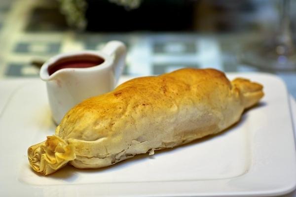 Закуска из клубники с Рокфором Утиная грудка с ликером Creme de Cassis и ягодами ЧЕРНИКА В КРАСНОМ... - 4