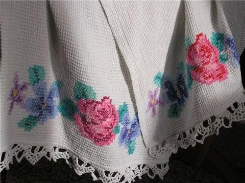 А я способна на вышивание по вафельному полотенцу, когда-то было время, хотелось вышивать