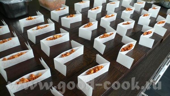 Следующая закуска – на тему Чорицо – испанской сыровяленой колбасы из свинины и копченой паприки, п...