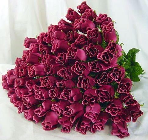 Дорогая Ирочка, поздравляю вас с Мариком с годовщиной свадьбы
