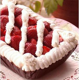 Шоколадная коробочка с кремом и ягодами 130 г шоколада 130 г сливочного сыра 1 1/2 чашки сахарной п...