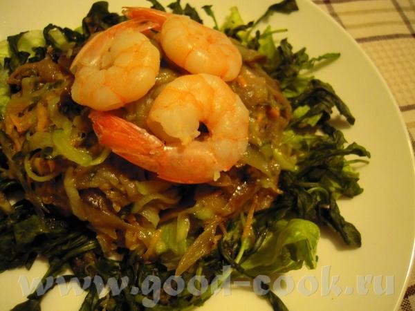 Идея этого салата позаимствована у upsus Андалузский рождественский салат Баклажан Морковь Огурец К...