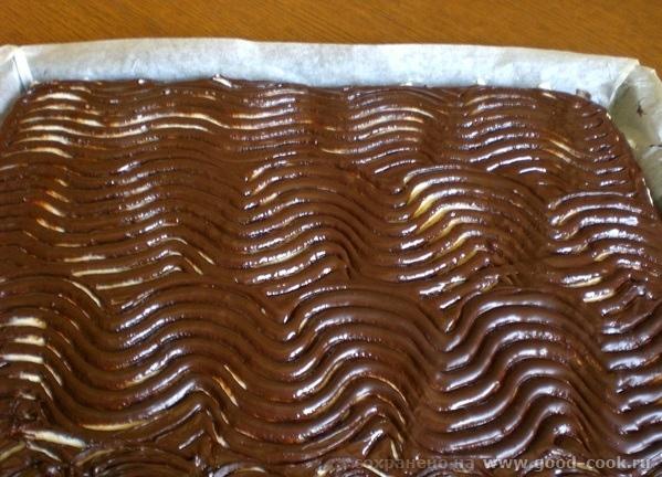 """нанесение """"волн"""" по шоколадной глазури"""