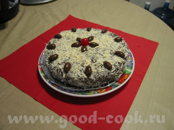Девочки ,у всех замечателные тортики а это мой-как всегда для себя)) -шоколадно-банановый,сверху пр...