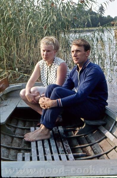 Это мои родители в 1971 году на Селигере