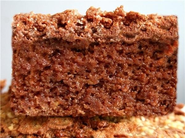 СОНЕЧКИНЫ БРАУНИ 150 г горького шоколада 150 г молочного шоколада 150 г масла 1/2 ст