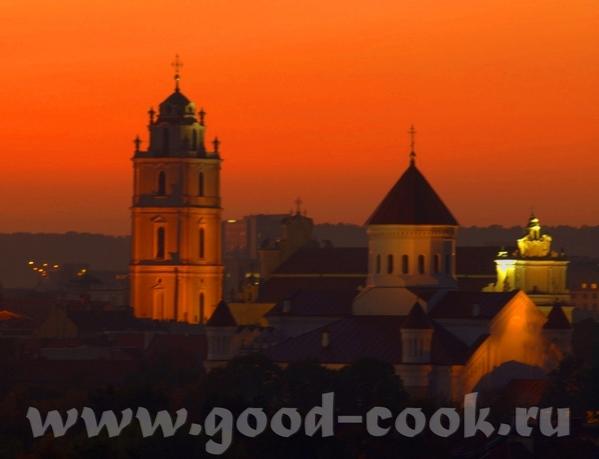 Есть вот такая книга и вот такие фото- закат бывает очень разный: The intense red and orange hues o... - 3