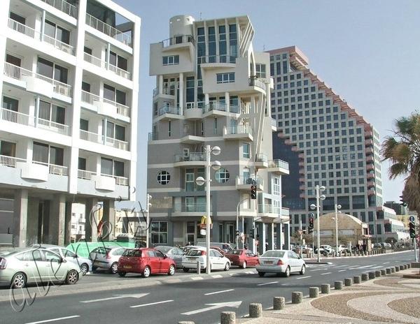 Тель-Авив город контрастов