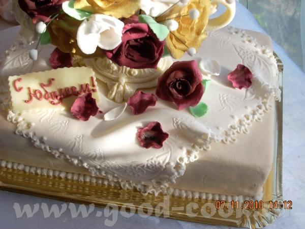 Юбилейный торт Ваза с цветами - 3