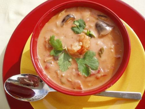 И еще один, необычно но вкусно Тайский кокосовый суп с креветками