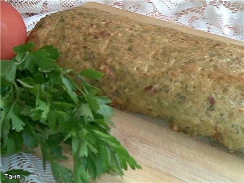 Хлебно-мясной батон с капустой Хлебный кругляш с баклажаном и сыром Дрожжевые булочки с овощной пас...