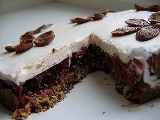 Хрустящий вишневый торт На 12 кусочков - 2
