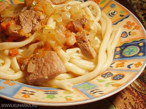 Начну темку своим ужином У нас сегодня были макароны с мясной подливкой и капуста по-корейски