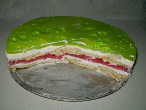 Вот на выходных готовила два таких тортика