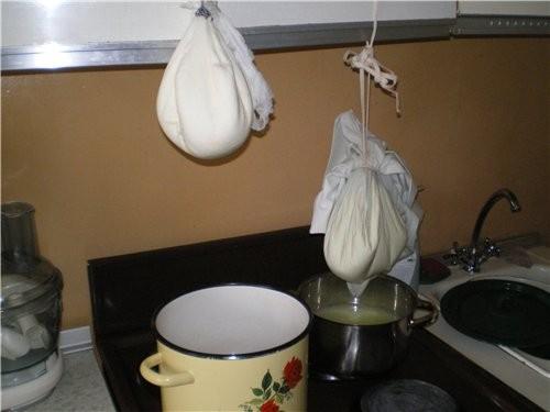 Даже крем-чиз можно сделать с помощью кефирного гриба -Я ставлю каждый день на литр молока У меня п...