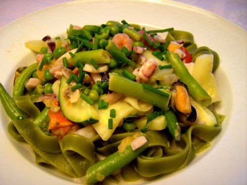 Наш вчерашний ужин Спагетти с Фрикасе из свежих овощей с морепродуктами
