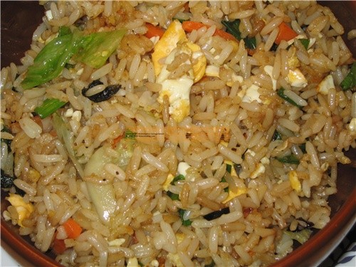 Жаренный рис по восточному