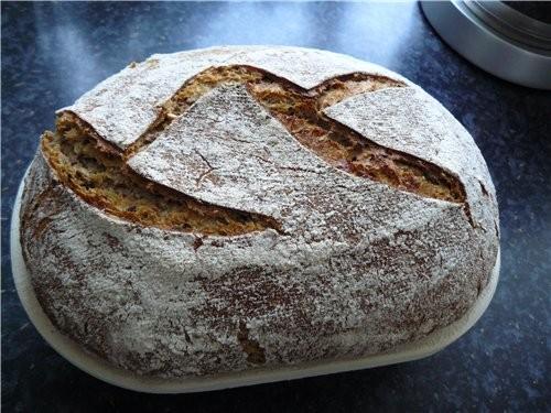 """Вкусный, немного кисловатый на вкус хлеб, """"хрустящий"""" под зубами от семечек - 4"""