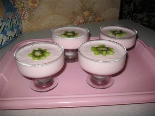 А вот наш сегодняшний ужин: макарошки с курицей и десертик - нежное суфле от Вики- SeraFimы - 2
