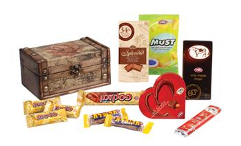 """Какой у вас выбор, а у нас местных конфет мало: шоколадки """"Корова"""" """"Песек Зман"""", """"Мекупелет"""", """"Твис... - 4"""
