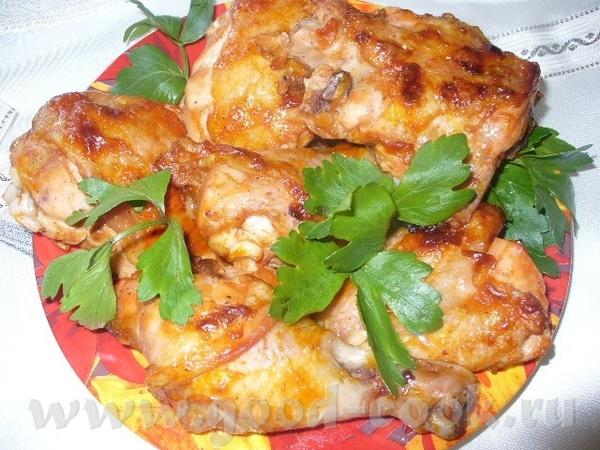 курица запеченная в духовке нужно курица соль перец томатная паста сметана Курочку почистить, наруб...