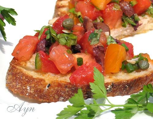 Брусчетта (брускетта)- это отличная, простая в приготовлении летняя закуска