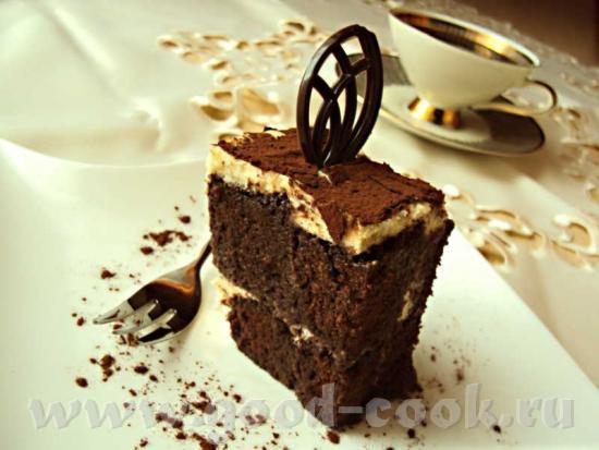 Вот еще один вариант торта по мотивам с винной пропиткой и пряностями