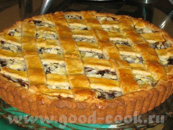.Наконец таки я принесла должок, кучу благодарностей. Леночке- за « Linzer Torte» - Пирог из Линца...