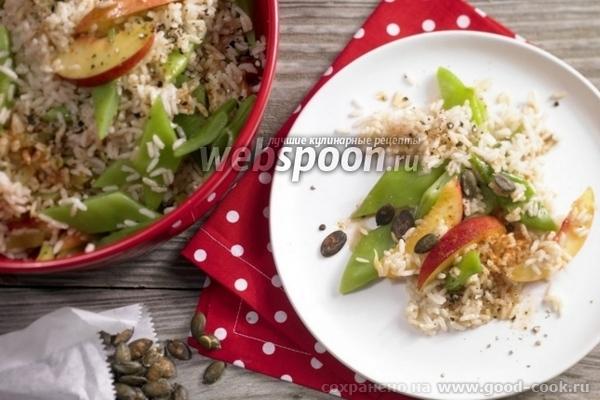 салат из риса с фасолью и нектаринами