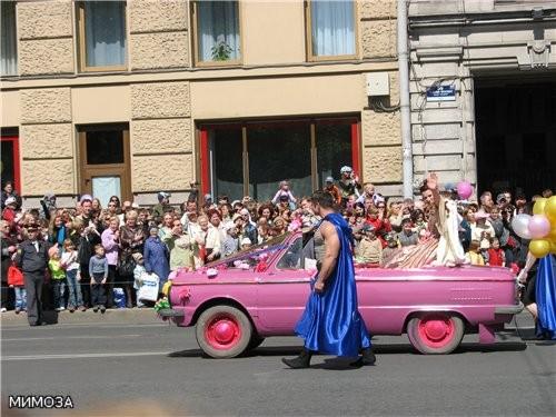 Королева Карнавала - Анна Ковальчук (актриса того же театра, исполнительница роли Маргариты в сериа...